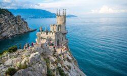 Крым сообщил о росте доходов от туризма в 2020 году