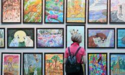 Ярмарка Art Russia открывается в Москве в Гостином дворе - ТАСС