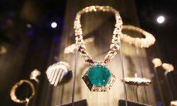 500 редких ювелирных украшений на выставке в Кремле