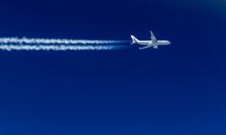 Песков прокомментировал ситуацию с возобновлением полётов в Европу