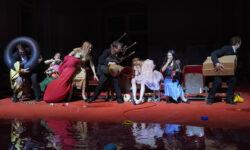 «Танцтеатр Вупперталь» вернул в репертуар самый скандальный спектакль Пины Бауш