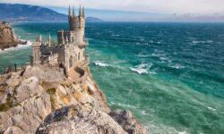 В Крым полетит больше рейсов из регионов