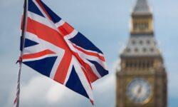 Великобритания вводит новую систему ограничений для туристов