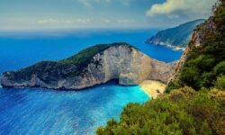 Греция продлила квоту повъезду 4000 российских туристов внеделю