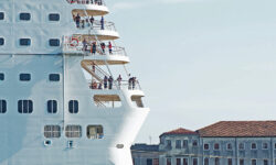 Власти Италии запретили круизным лайнерам заходить в Венецианскую лагуну - The Art Newspaper Russia