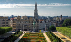 Евросоюз допустил отмену запрета навъезд туристов изтретьих стран сиюня