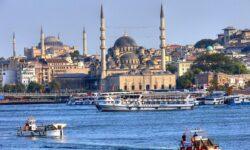 Турция предлагает разрешить россиянам приезжать накурорты страны